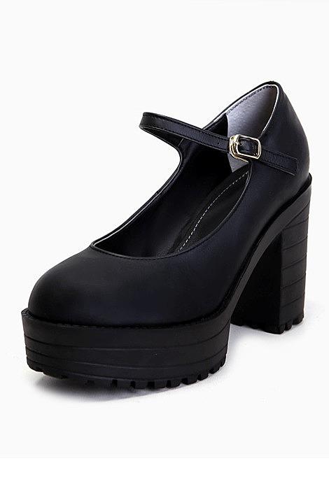 c02280e07 Стильные туфли на высокой платформе. самые модные туфли на платформе ...