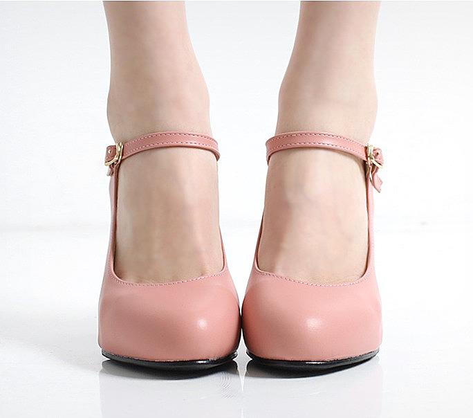 Туфли женские с перемычкой
