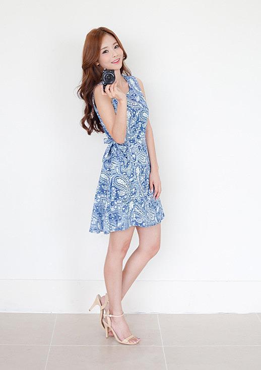 2aebf03b6d5 Легкое летнее платье с орнаментом купить по низкой цене