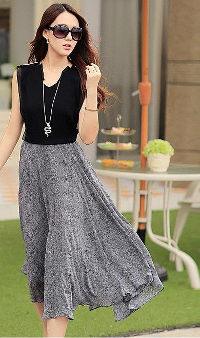 03285fa72ce Комбинированное двухцветное платье средней длины - новая модель ...