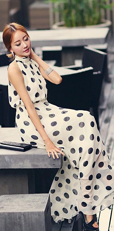 Белое шифоновое платье в черный горох, купить новый фасон длинного ... 61c692da872