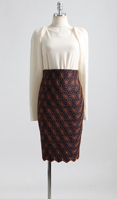 0bdfc5b8665 Джинсовая юбка с оригинальной узорной строчкой. недорогие женские ...