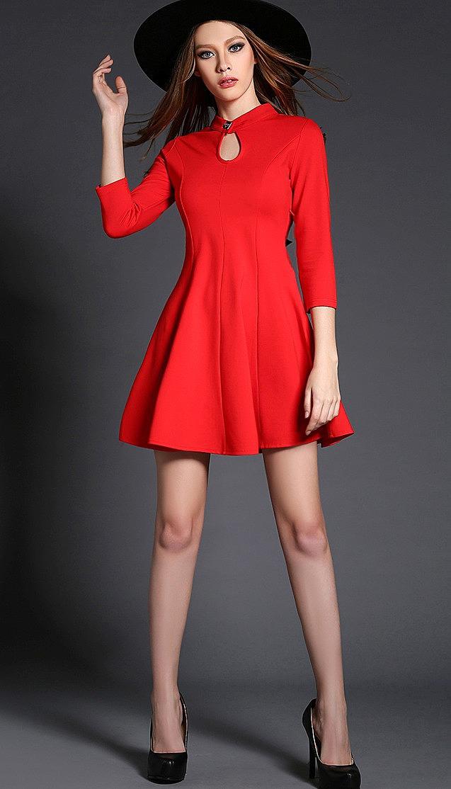 215ec54a723 Стильное платье с кружевной вставкой на спине и бантом купить по ...