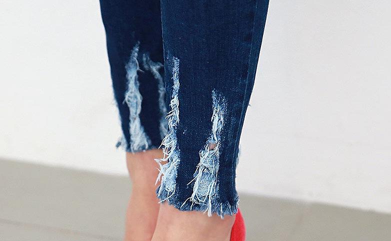 Как сделать джинсы рваные снизу