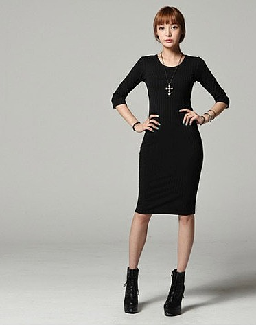 Ажурное платье для девочки с длинным рукавом
