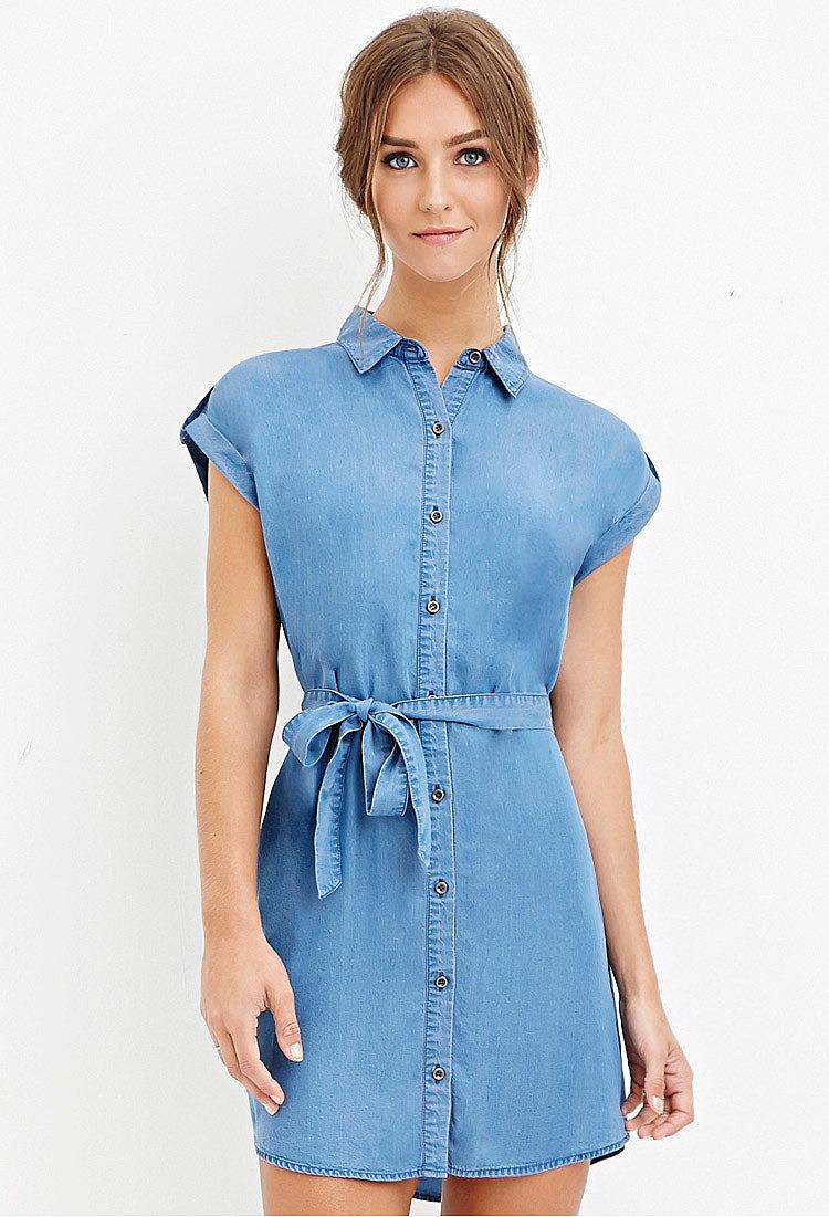 f925e863e4f2840 Платье-рубашка с поясом из ткани шамбре купить в интернет магазине ...