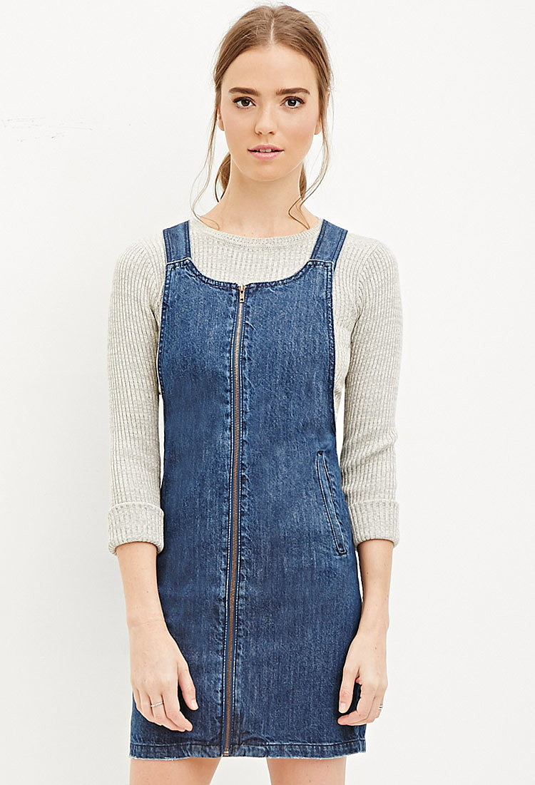 0153738bb01 Джинсовое платье-комбинезон на молнии купить в интернет магазине ...