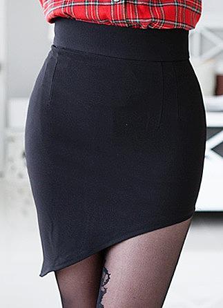 В обтягивающих юбках вид сзади