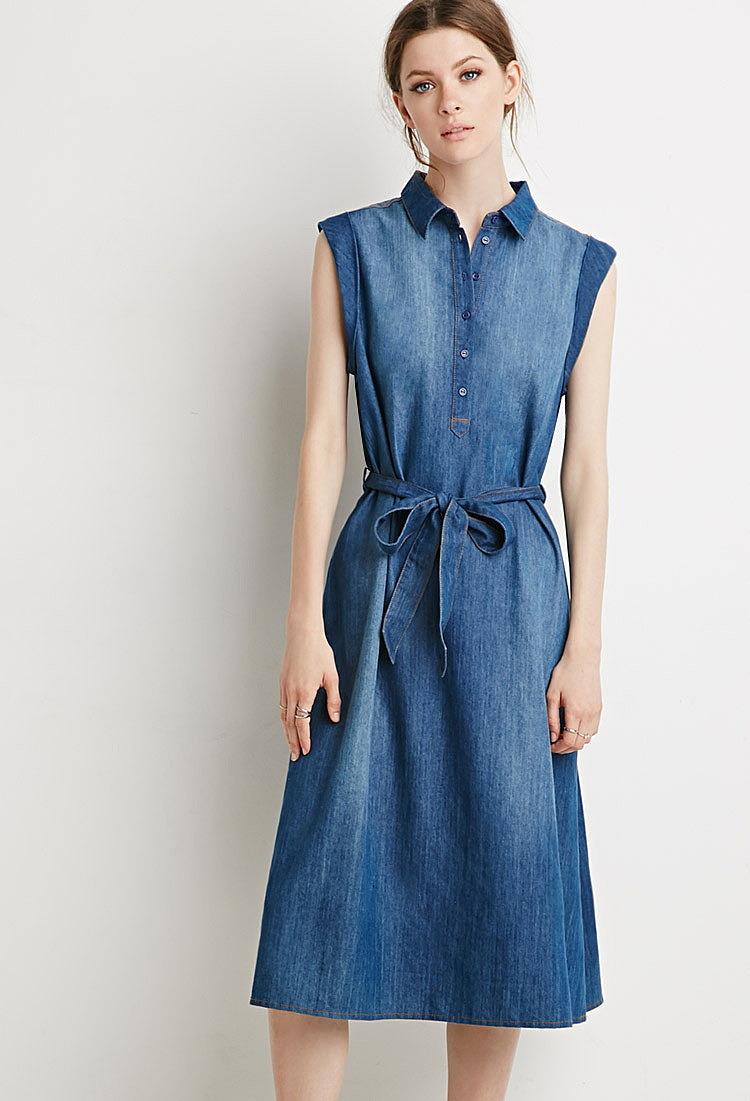 77e5181bbe0b404 Платье из ткани шамбре с поясом купить в интернет магазин джинсовых ...